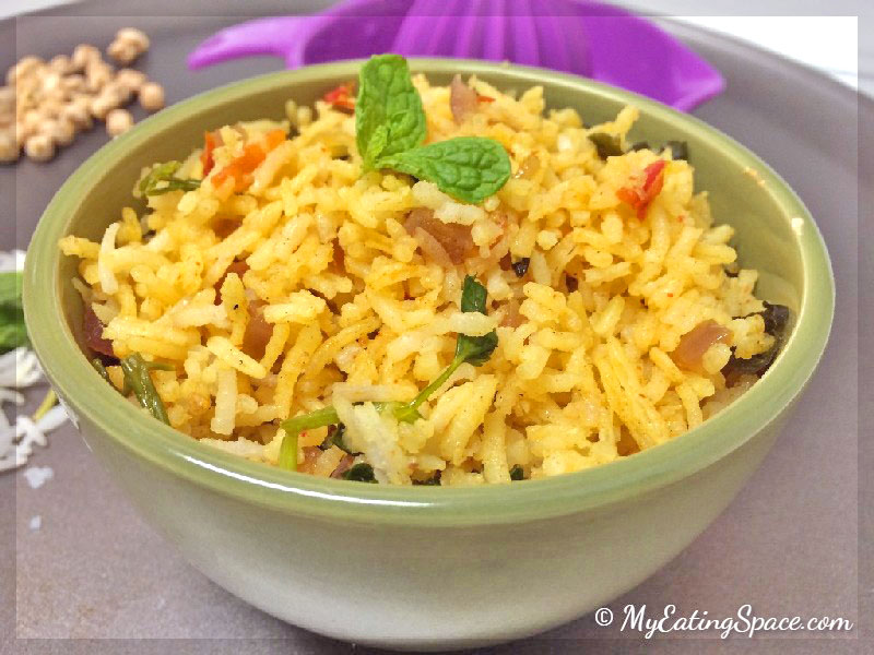 One-pot Tomato Rice, also called thakkali sadam is a mouth-watering, taste bud tingling treat for lunch or dinner
