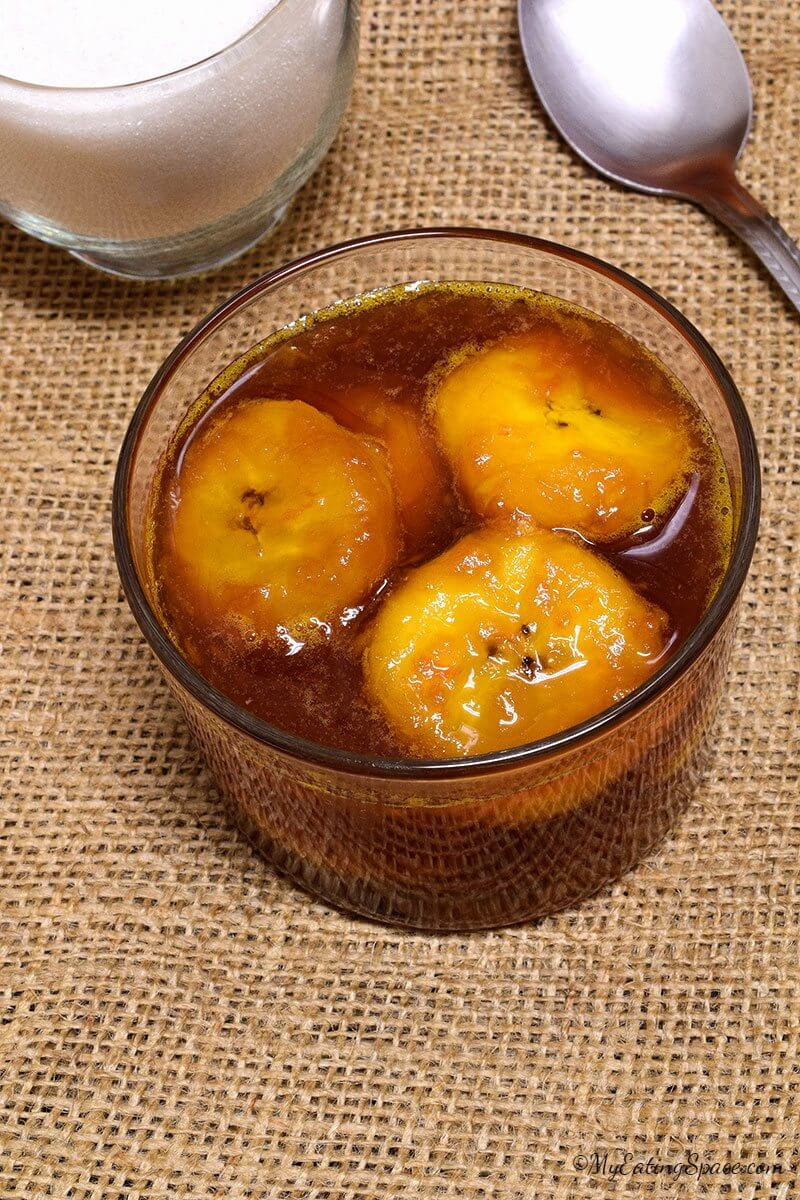 Candied Plantain in Orange syrup - fuss-free, simple, light, delicious dessert. This candy like dessert is vegan, gluten-free and takes 15 minutes to make. More recipes at http://myeatingspace.com/
